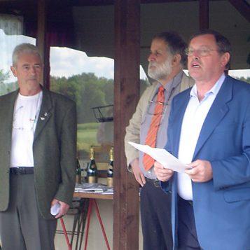 Jean-Pierre proclame les résultats du concours régional